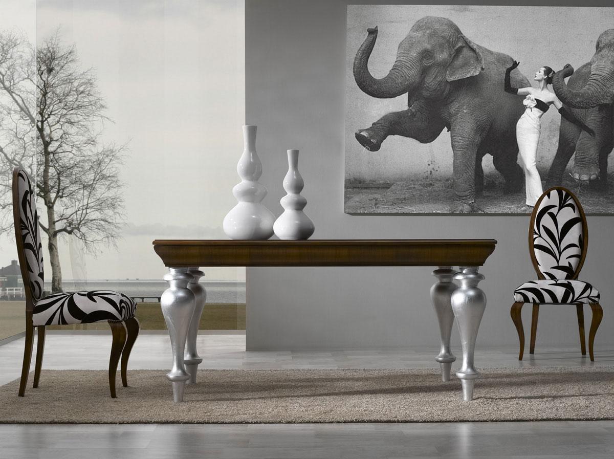 Mesa comedor clásica con patas torneadas